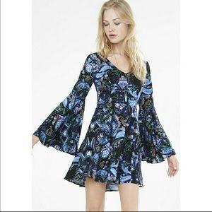 Express Bell Sleeve 60's inspired boho Mini dress